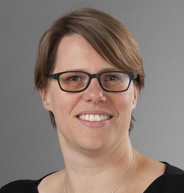 Dr Marije van Melle