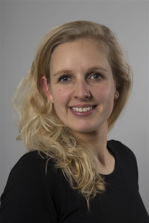 Dr Nicole van Erp