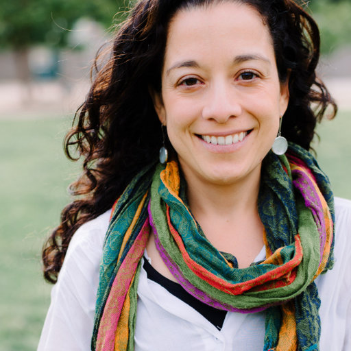 Dr Javiera Martinez Gutierrez